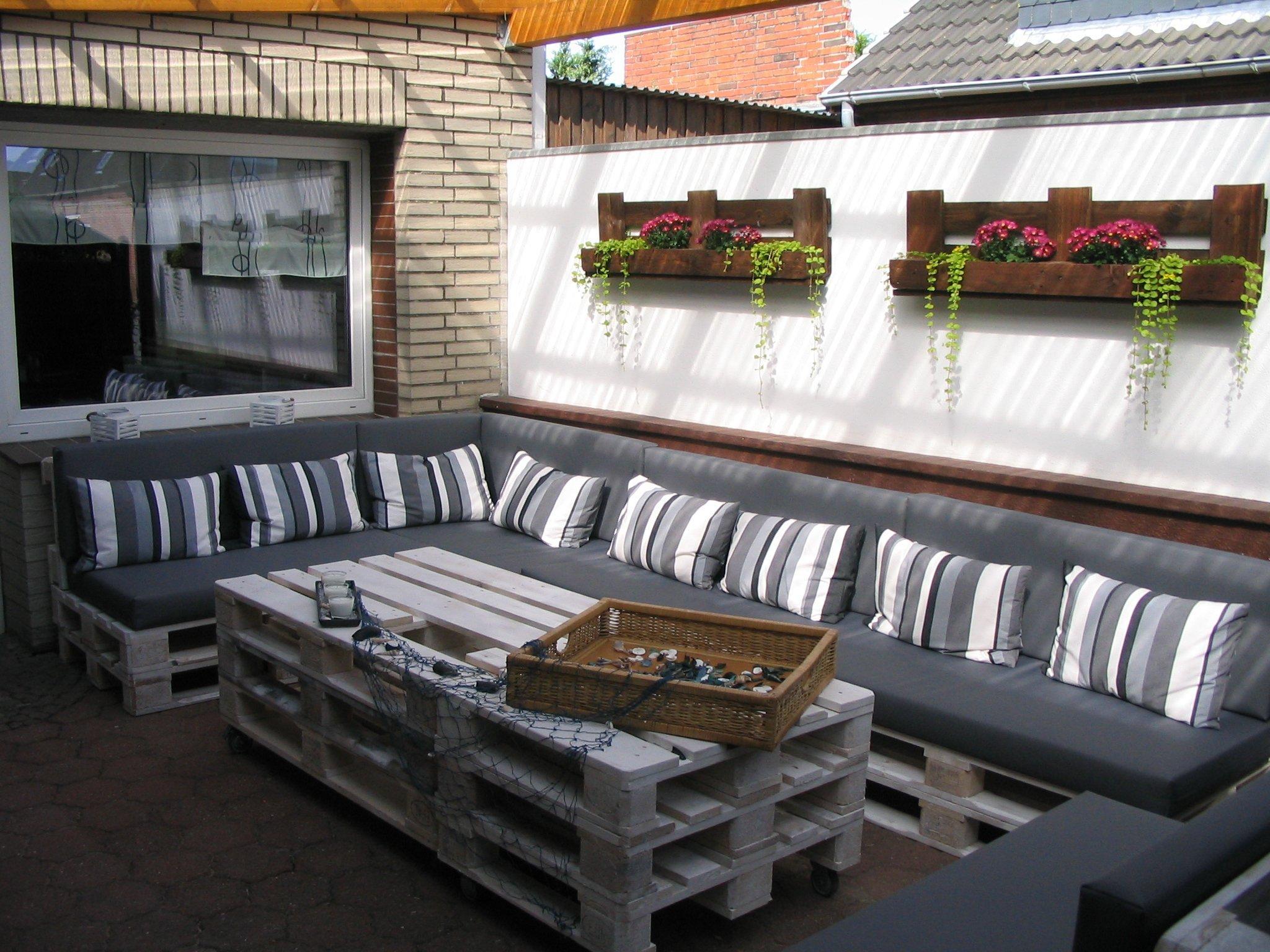 Pallettenmöbel | Möbel aus paletten, Sofa selber bauen ...